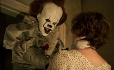 Je úplne jedno, koľko máte rokov. Diabolský a vražedný klaun Pennywise vám v horore It naženie husiu kožu už len svojím pohľadom