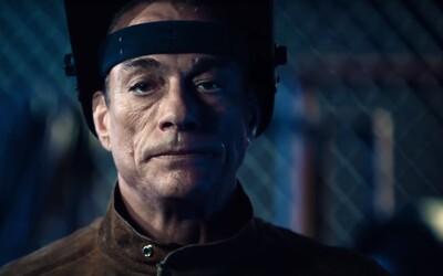 Jean-Claude Van Damme si v akčnej komédii zahrá samého seba, ale aj tajného agenta, ktorý sa po rokoch vrhá do nebezpečnej misie