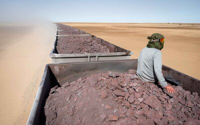 Jedna žena, jeden foťák a nekonečná poušť. Kanadská fotografka snila o saharském dobrodružství, které se jí splnilo
