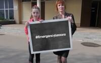 Jedno zo štyroch ukrajinských detí trpí psychologickou traumou, pomáhajú im učiteľky