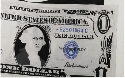 Jednodolárovka hodná miliónov. Obraz Andyho Warhola sa vydražil za takmer 30 miliónov eur