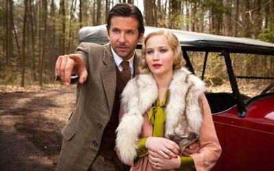 Jennifer Lawrence a Bradley Cooper budujú drevorubačské impérium v Serene