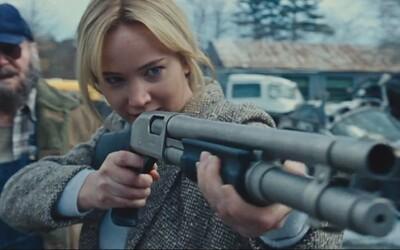 """Jennifer Lawrence a De Niro si """"užívajú"""" život pod vedením režiséra drámy Terapia láskou"""