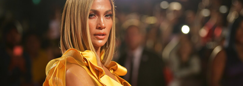 Jennifer Lopez oficiálně potvrdila, že tvoří pár s Benem Affleckem. Na narozeniny se pochlubila společným polibkem