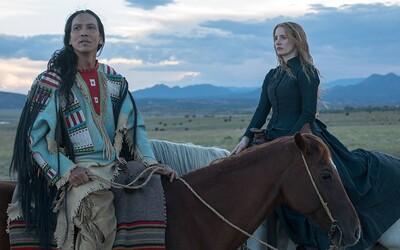 Jessica Chastain si v chválenej westernovej dráme Woman Walks Ahead zahrá umelkyňu, ktorá chce namaľovať portrét indiánskeho náčelníka