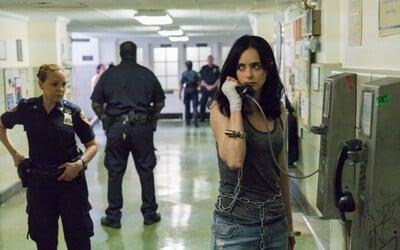 Jessica Jones a jej priatelia sú v poriadnych problémoch. Spoznajte 2. sériu seriálu na množstve nových obrázkoch