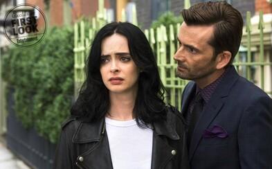 Jessica Jones bude v druhej sérii považovaná za zabijaka so superschopnosťami. Zároveň však bude opäť čeliť Kilgraveovi aj svojej minulosti
