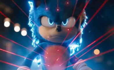 Ježko Sonic dostal nový dizajn. V traileri bojuje s Jimom Carreym a hi-tech prístrojmi