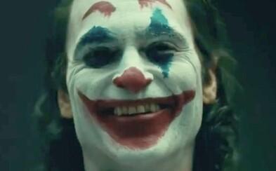 Joaquin Phoenix byl konečně představený jako Joker s make-upem!