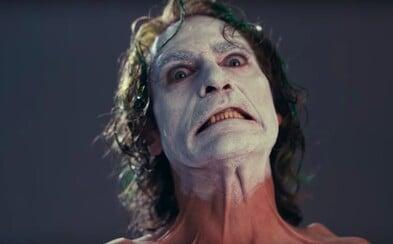Joaquin Phoenix podle odborníků předvedl nejlepší mužský herecký výkon. V seriálové tvorbě excelovala Hra o trůny