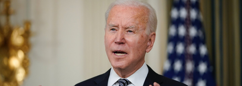Joe Biden daroval na úvod samitu G7 britskému premiérovi bicykel. Ide o symbolické gesto?