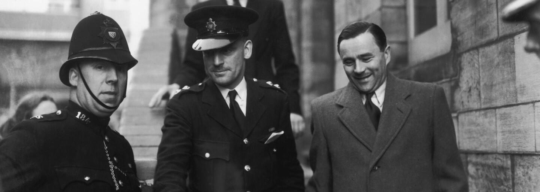 John Haigh rozpouštěl své oběti v kyselině a pak je okrádal. Doplatil až na svoji aroganci a pocit nepolapitelnosti