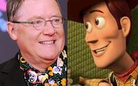 John Lasseter stál pri zrode Toy Story, teraz čelí obvineniu zo sexuálneho obťažovania. Aký osud čaká Toy Story 4?
