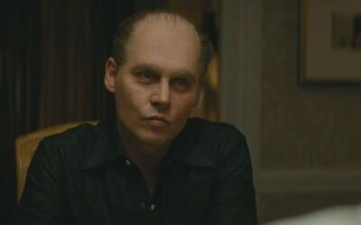 Johnny Depp se konečně herecky probouzí v mrazivé roli gangstera v Black Mass