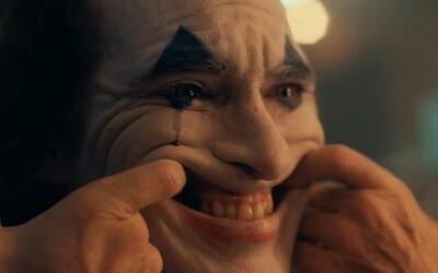 Joker s Joaquinem Phoenixem bude obsahovat i nadávky a krev. Režisér potvrdil R rating
