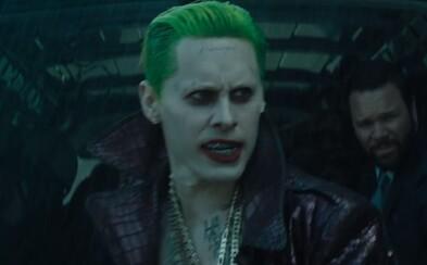 Joker ukazuje svoje zbrane a šialenosť vo finálnom traileri a ďalších upútavkách pre Suicide Squad