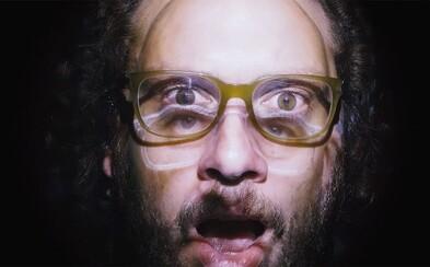 Jsem zapšklej fotr, ale dobrou muziku ještě umim poznat. MC Gey vydává album RλP-LIFE: Epizoda 2
