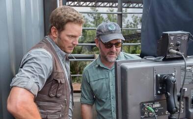 Jurský svet 3 napíše a zrežíruje Colin Trevorrow, tvorca úspešnej prvej časti z roku 2015