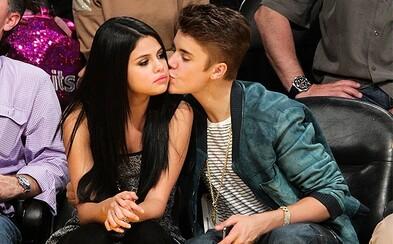 Justin Bieber a Selena Gomez nostalgicky pripomínajú svoj vzťah spoločným duetom