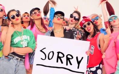 Justin Bieber baví fanúšikov čerstvou skladbou Sorry. Produkoval ju Skrillex a jej kvalitu uznávajú aj najväčší kritici