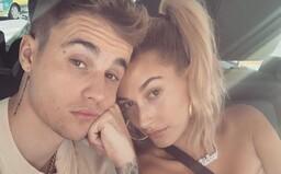 Justin Bieber čelí žalobě za sdílení fotografie, na které je on sám. Paparazzi chtěl vysoudit peníze, zpěvák se lekl