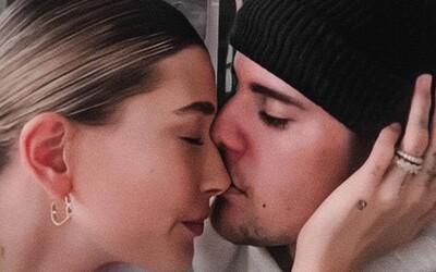 Justin Bieber lituje, že měl sex s Hailey ještě před svatbou. Je to znepokojující, konstatoval zpěvák.