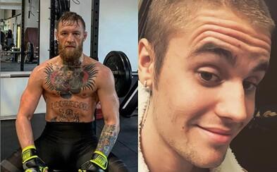 Justin Bieber trénuje pod patronátom Conora McGregora. Bojovník sa už teší na spevákov nový album