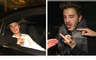 Justin Bieber uštědřil dotěrnému fanouškovi pořádný úder do obličeje. Zakrvácený chlapík nechápal, co se mu to vlastně stalo
