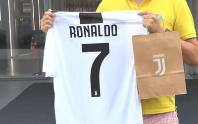 Juventus měl za prvních 24 hodin prodat přes 500 tisíc dresů Cristiana Ronalda