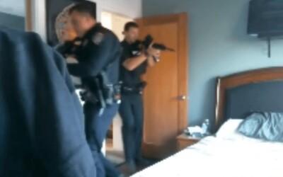 K mistrovi světa ve Fortnite během streamu naběhlo komando SWAT. Někdo nahlásil, že je doma ozbrojený