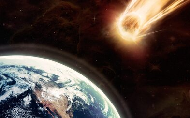 K Zemi letí asteroid, který je velký jako Pražský hrad