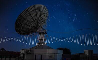 K Zemi prišli mimoriadne vzácne signály zo zdroja vzdialeného 1,5 miliardy svetelných rokov