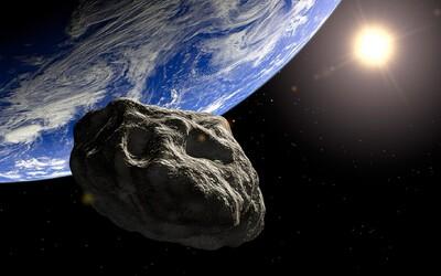 K Zemi se přibližuje velký asteroid, oficiálně označený za potenciálně nebezpečný. Svou velikostí je schopen zničit život na planetě