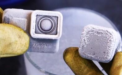 Kamera GoPro je poriadne odolná, ale dokázala počas natáčania vydržať aj účinok tekutého dusíka?