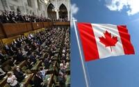 Kanada změnila hymnu, aby byla pohlavně neutrální. Přepsali verš, teď zahrnuje i ženy