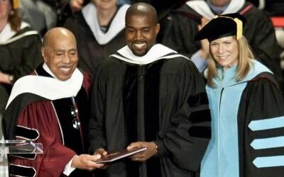 Kanye obdržal čestný doktorát na chicagskom inštitúte umenia. Odteraz je z neho oficiálne Dr. West