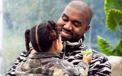Kanye West koupil za 5,6 milionu korun dům, ve kterém vyrůstal. Takto skromný příbytek vypadá