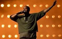 Kanye West opäť zmenil názov jeho očakávaného albumu. Už sa nevolá Swish, ale Waves