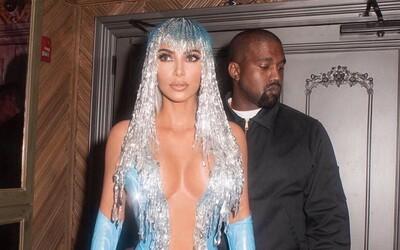 Kanye West šel do nemocnice, ale kvůli úzkosti z lidí po chvíli odešel. Kim Kardashian se omluvil za řeči o rozvodu