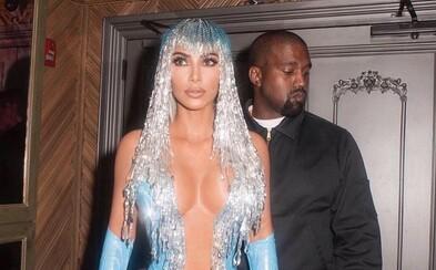 Kanye West šiel do nemocnice, no kvôli úzkosti z ľudí odtiaľ po chvíli odišiel. Kim Kardashian sa ospravedlnil za reči o rozvode