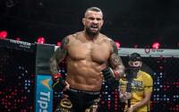 Karlos Vémola posílá ostrý vzkaz svému rivalovi Kinclovi. Mezi slavnými MMA zápasníky to opět vře
