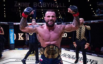 Karlos Vémola přichází o pás šampiona organizace Oktagon MMA. Souboj s Ďatelinkou ale proběhne