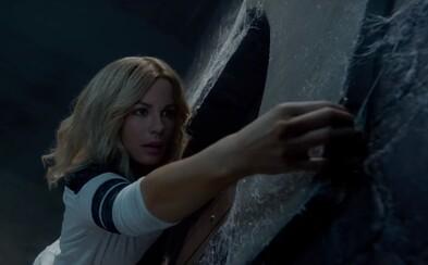 Kate Beckinsale v hororu podle skutečných událostí zjistí, co se skrývá za tajemnými dvěřmi