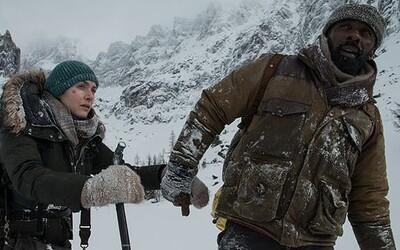 Kate Winslet a Idris Elba musia v drsnej dráme The Mountain Between Us bojovať o prežitie s krutou a nehostinnou prírodou
