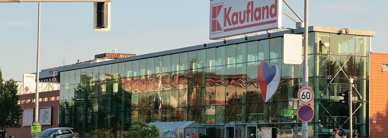 Kaufland začne prodávat antigenní testy, koupit si budeš moct dva druhy samotestů