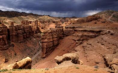 Kazašský kaňon pripomínajúci svojho amerického náprotivka patrí k najkrajším prírodným dielam v krajine