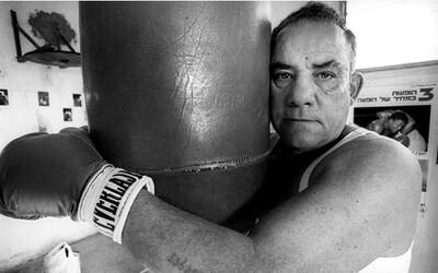 Když prohra znamenala smrt. Boxer z Osvětimi dokazoval nacistům, že jeho čas na odchod z tohoto světa ještě nenastal