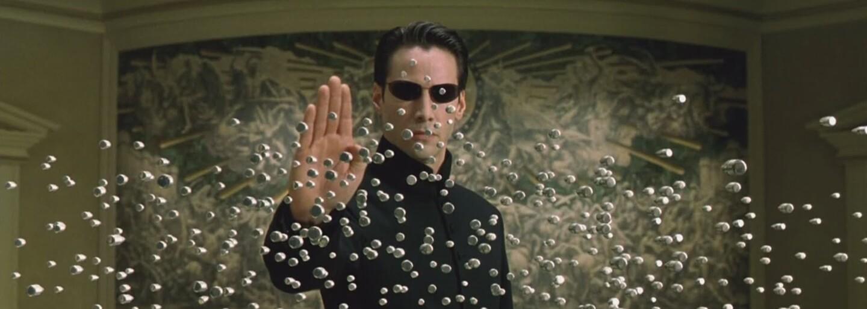 Keanu Reeves je ochotný natočiť Matrix 4, ak ho zrežírujú a napíšu autori trilógie - súrodenci Wachowski