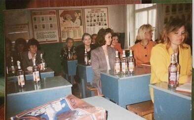 Když byla v Rusku krize, učitele platili lahvemi vodky. Mohli přijmout alkohol, jinak by odešli s prázdnýma rukama