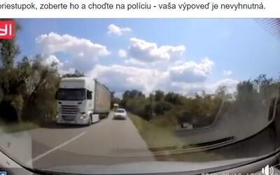 Keď sa takmer čelne zrazíš s tromi autami po sebe. Nepoučiteľní slovenskí vodiči excelujú v novej policajnej kompilácii z našich ciest
